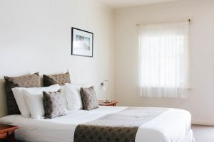 Dunkeld Studio Accommodation - Lightning Ridge Tourism