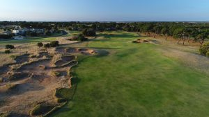 13th Beach Golf Lodges - Lightning Ridge Tourism