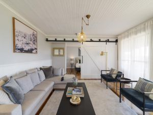 Stargazers Luxury Cottage - Lightning Ridge Tourism