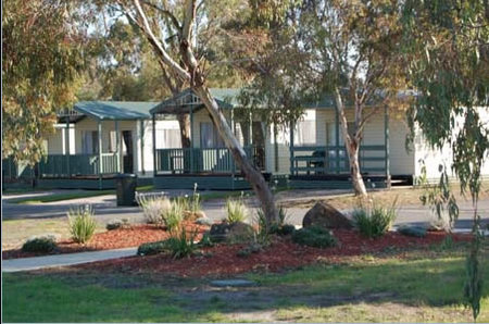 Apollo Gardens Caravan Park - Lightning Ridge Tourism