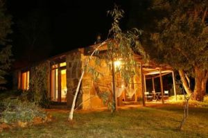 Wombat Hills Cottages - Lightning Ridge Tourism