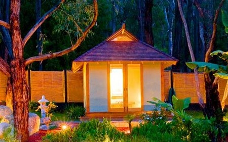 Japanese Mountain Retreat - Lightning Ridge Tourism
