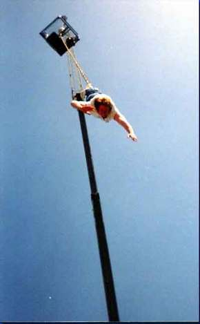 Tower Bungy Jump - Lightning Ridge Tourism