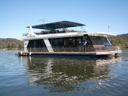 Able Hawkesbury River Houseboats - Lightning Ridge Tourism