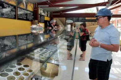 Witches Chase Cheese Co - Lightning Ridge Tourism