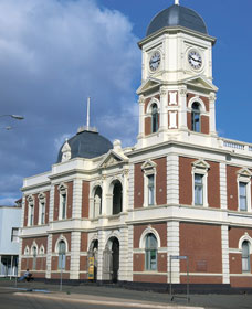 Boulder Town Hall - Lightning Ridge Tourism