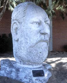Sir John Forrest Monument - Lightning Ridge Tourism