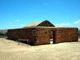 Powder Magazine - Lightning Ridge Tourism
