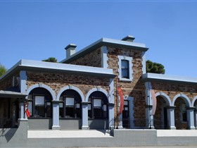 Burra Regional Art Gallery - Lightning Ridge Tourism