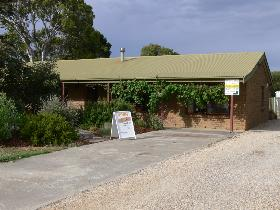 Sand Drift Gallery - Lightning Ridge Tourism