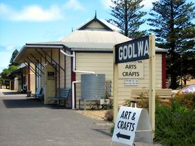 Goolwa Community Arts And Crafts Shop - Lightning Ridge Tourism