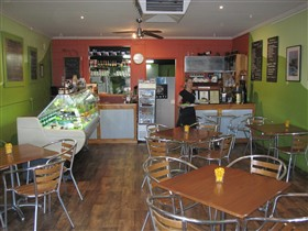Cafe Lime and Gourmet Foodstore - Lightning Ridge Tourism