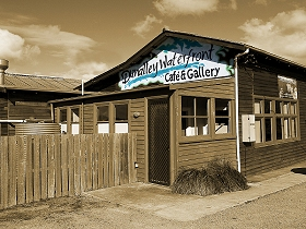 Dunalley Waterfront Cafe and Gallery - Lightning Ridge Tourism