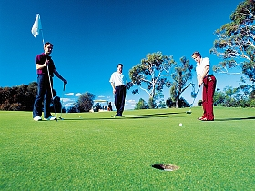 Scamander River Golf Club - Lightning Ridge Tourism