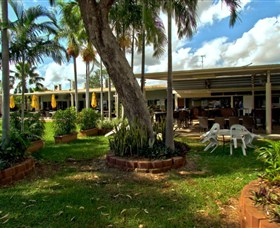 Katherine Country Club - Lightning Ridge Tourism