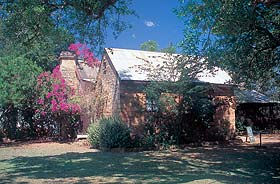 Springvale Homestead - Lightning Ridge Tourism