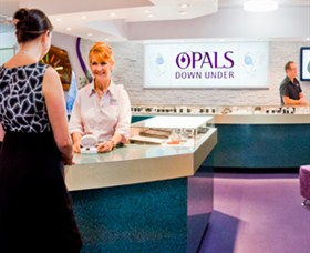 Opals Down Under - Lightning Ridge Tourism