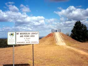 Mount Wooroolin - Lightning Ridge Tourism