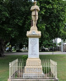 Miriam Vale War Memorial - Lightning Ridge Tourism
