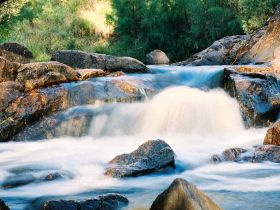 Crows Nest Falls - Lightning Ridge Tourism
