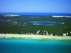 Fraser Island Great Sandy National Park - Lightning Ridge Tourism
