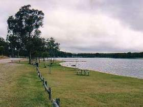 Storm King Dam - Lightning Ridge Tourism