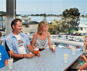Merimbula RSL - Lightning Ridge Tourism
