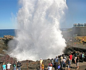 Kiama Blowhole - Lightning Ridge Tourism