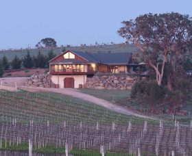 Kurrajong Downs Wines Vineyard - Lightning Ridge Tourism