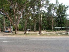 Lions Park - Lightning Ridge Tourism