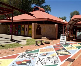 Country Art Escapes - New England North West Regional Arts Trail - Lightning Ridge Tourism