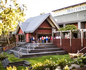 Hollydene Estate Wines and Vines Restaurant - Lightning Ridge Tourism