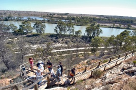 Ngaut Ngaut Aboriginal Site - Lightning Ridge Tourism