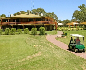 Coomealla Golf Club - Lightning Ridge Tourism