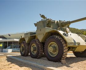 The Australian Armour and Artillery Museum - Lightning Ridge Tourism