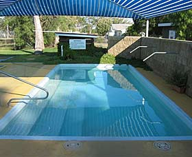 Boomi Artesian Hot Spa and Cold Pools - Lightning Ridge Tourism