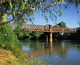 Narrandera Rail Bridge - Lightning Ridge Tourism