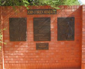 John OBrien Commemorative Wall - Lightning Ridge Tourism