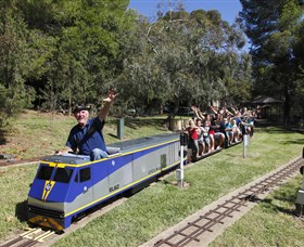 Willans Hill Miniature Railway - Lightning Ridge Tourism