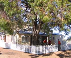 Australian Inland Mission Hospital - Lightning Ridge Tourism