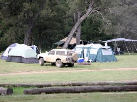 Landcruiser Mountain Park - Lightning Ridge Tourism