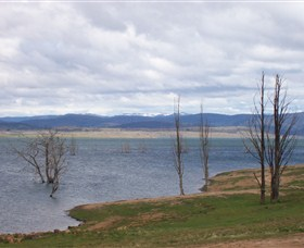 Lake Eucumbene - Lightning Ridge Tourism