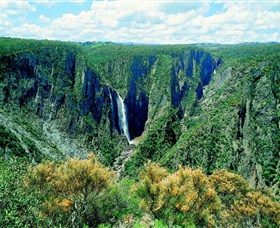 Wollomombi Falls - Lightning Ridge Tourism