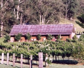 Undercliff Winery and Gallery - Lightning Ridge Tourism