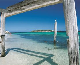 Hamelin Bay - Lightning Ridge Tourism