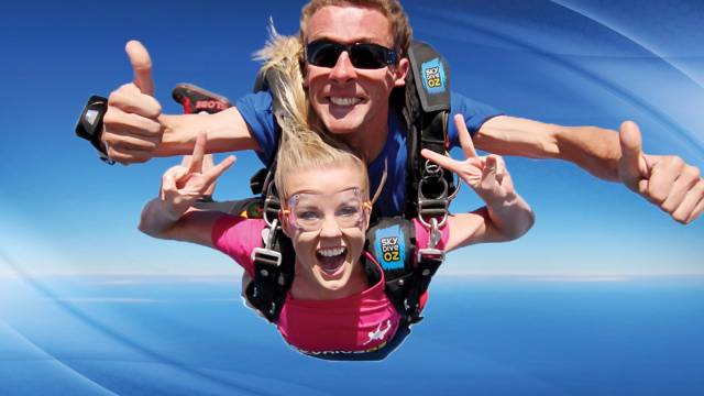 Skydive Oz Canberra - Lightning Ridge Tourism