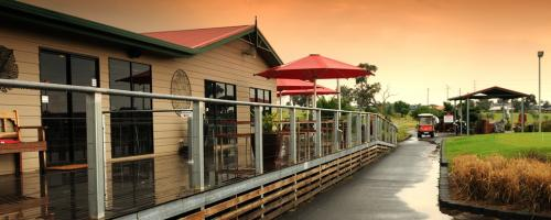 Thornys Putt-Putt - Lightning Ridge Tourism