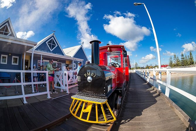2-hour Busselton Jetty Package: Jetty train and Underwater Observatory