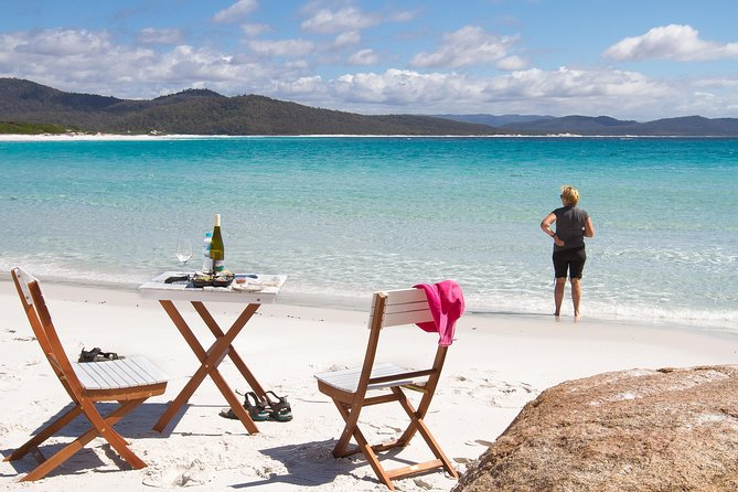 4x4 and Lunch Full Day Freycinet and Wineglass Bay - Lightning Ridge Tourism