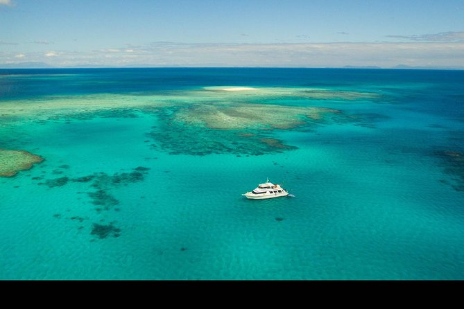 Great Barrier Reef Dive and Snorkel Cruise from Mission Beach - Lightning Ridge Tourism